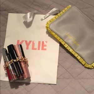 BUNDLE OF KYLIE LIPKITS AND KYLIE POP UP BAG +MORE